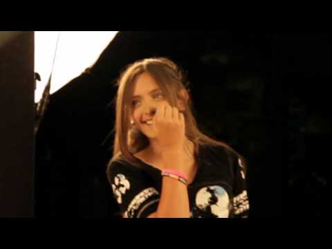 Paris Jackson Behind the Scenes Lundon's Bridge Photoshoot with New Music