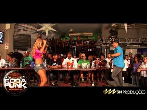 MC Boneco - Feat. MC Fany :: Medley ao vivo na Roda de Funk :: FULL HD