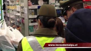Vecina reclama a punta de chuchadas en farmacia cruz verde en Maipú