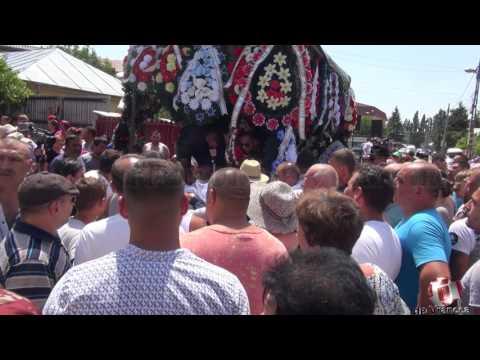 înmormântarea celor patru membri ai familiei Mustafa