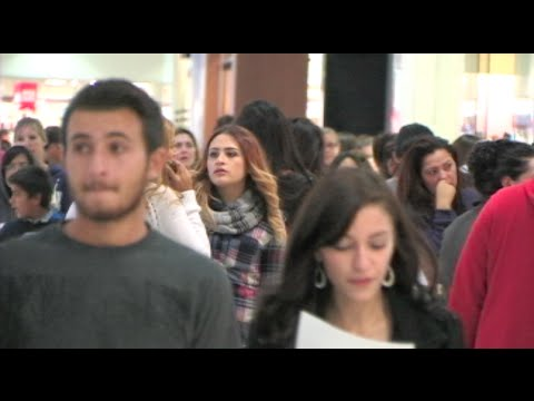 The Sights & Sounds Of Black Friday In A California Mall - Black Friday 2014