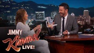 Jimmy Kimmel Tests Ellen Pompeo's Medical Knowledge thumbnail