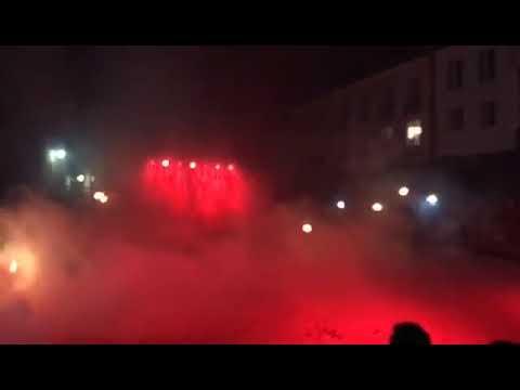 Espectáculo de doma nocturna na Praza da Catedral de Mondoñedo