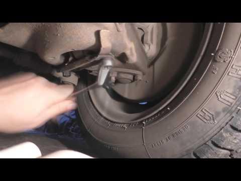 Как снять амортизатор ВАЗ передней подвески смотреть в хорошем качестве