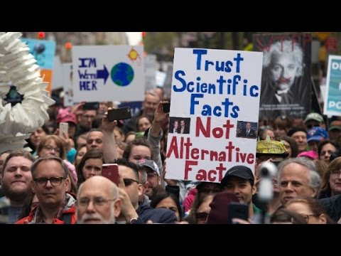 Thumbnail: Protesters to Trump: Science matters