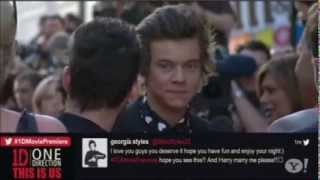 harry styles kissing the camera at this is us movie premiere