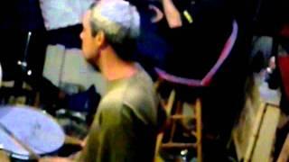 garage door grunge (instrumental jemremy on guitar)
