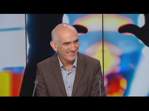 Australian music icon Paul Kelly: 'Life is Fine'