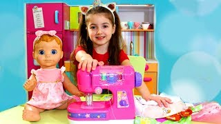 Masha Play with Toy Sewing machine by dolls