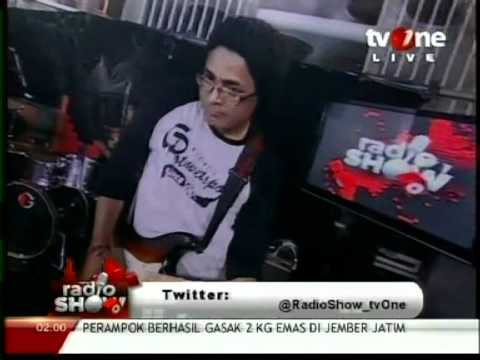 ras-muhamad-the-easy-skankin-welcome-to-jamrockgetupstandup-live-in-tv-one-march-2012
