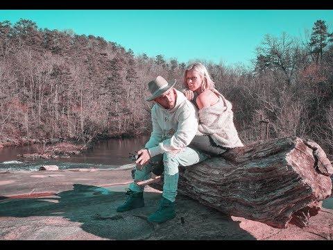Tyler Carter - Moonshine (Official Music Video) Mp3