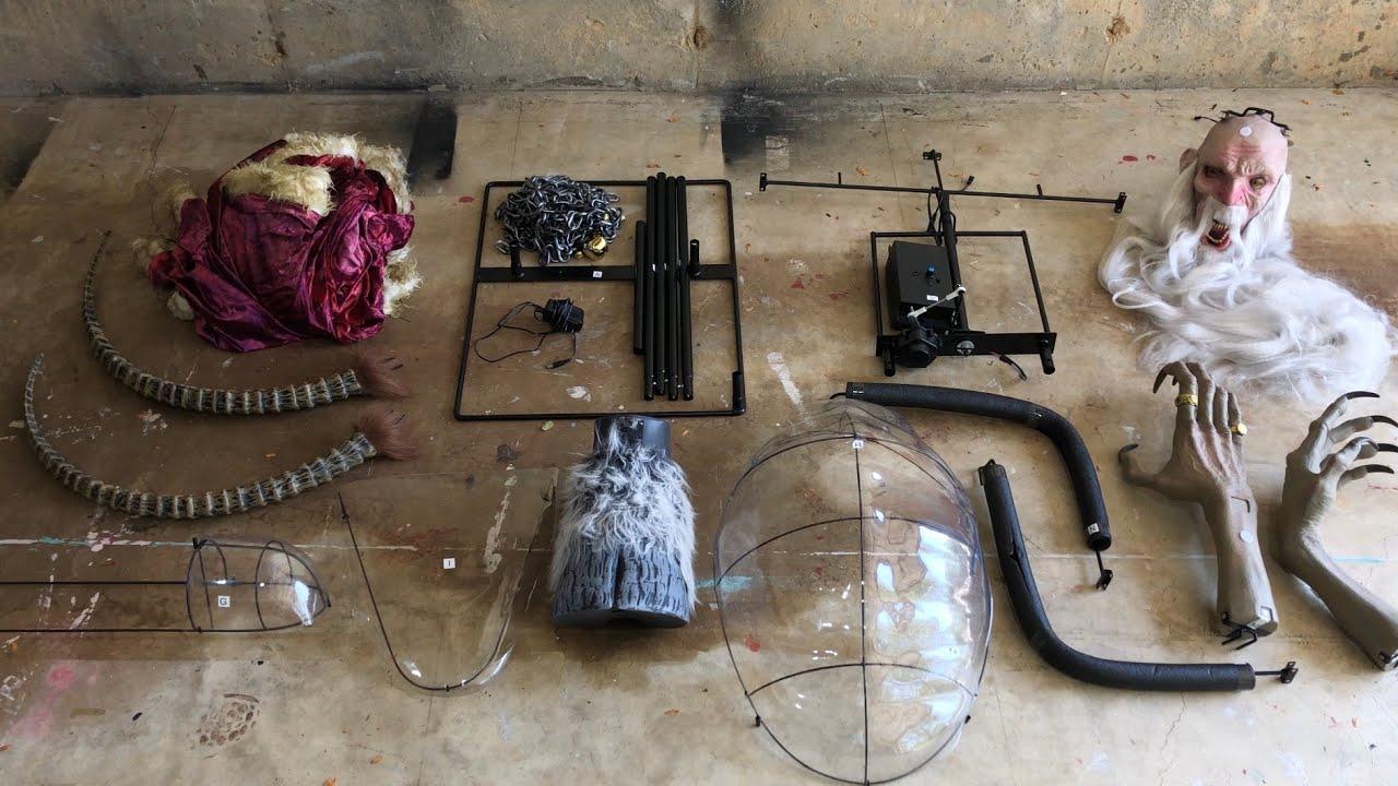 Instructional setup of Krampus