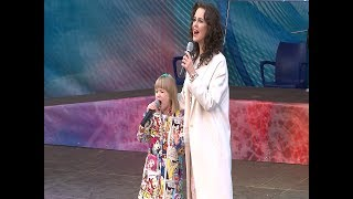 Ярослава Дегтярева и Алена Биккулова выступили в Вологде на открытии фестиваля кружева