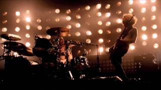 Biffy Clyro - Mountains // Live at Wembley