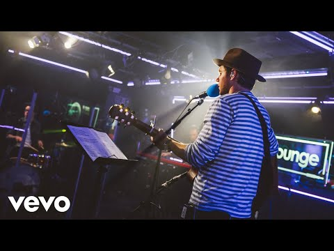 Niall Horan - Slow Hands in the BBC Radio 1  Lounge