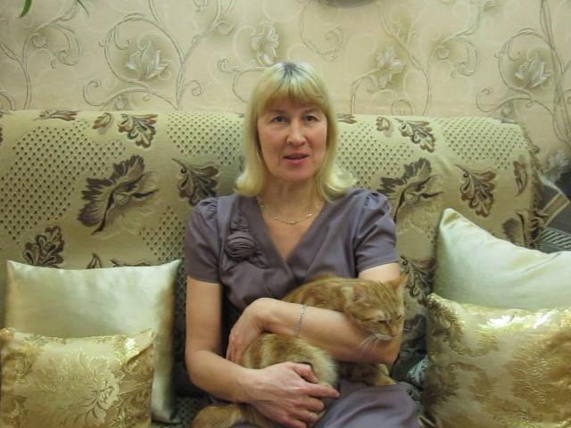 Изображение предпросмотра прочтения – ТатьянаРуссова читает произведение «Мышь и Крыса» И.А.Крылова
