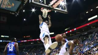 Andrew Wiggins Throws Down the Vicious Alley Oop