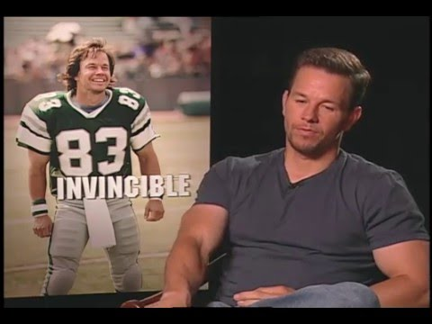 Mark Wahlberg talks with Jimmy Carter - Invincible
