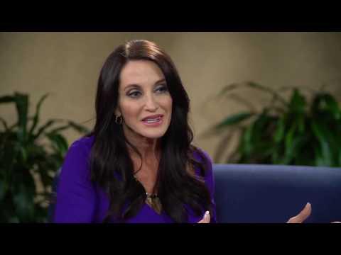 Ann White Interviews  Laura Harris Smith –  Author of The 30-Day  Faith Detox