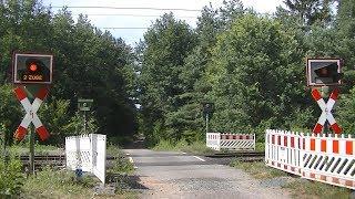 Spoorwegovergang Babenhausen (D) // Railroad crossing // Bahnübergang