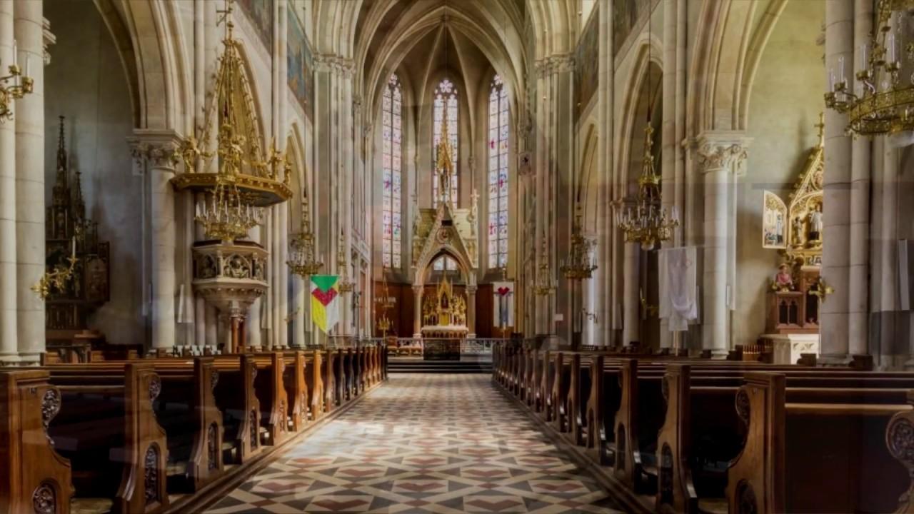 увлеченно католический собор фото внутри сами разработчики утверждают