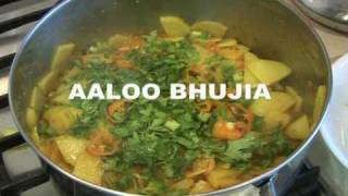 """ AALOO BHUJIA "" Bajias Cooking"