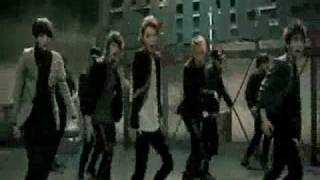 2ne1 s try to follow me shinee s ring ding dong music video