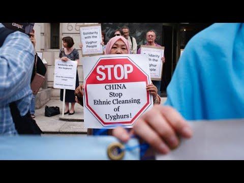 """أمريكا تحظر واردات القطن من مؤسسة صينية كبرى بسبب """"العمل القسري"""" للإيغور"""