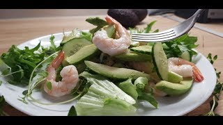 "Салат ""Креветка"". Легкий салат с креветками, авокадо и тимьяном за 5 минут."
