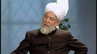 Liqa Ma'al Arab 25 November 1997 Question/Answer English/Arabic Islam Ahmadiyya