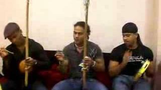 Indio,Dino e Tinho Canto de Capoeira