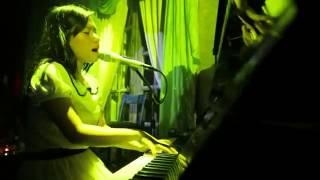 [ LIVE ] Cánh Buồm Phiêu Du - Thùy Chi