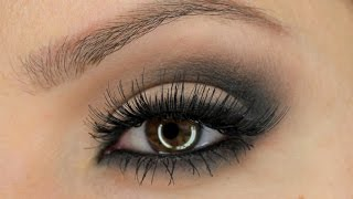 Classic Smokey Eye Using Zoeva 'Smoky' Palette | Shonagh Scott | ShowMe MakeUp