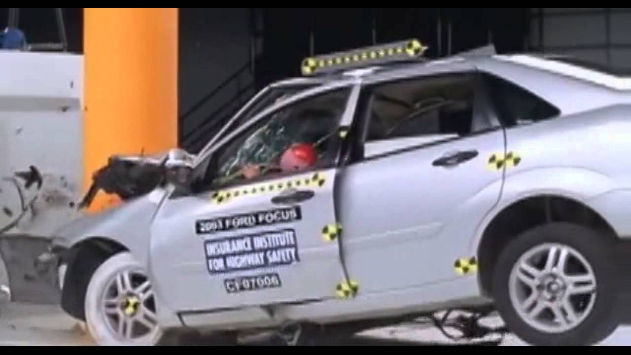 2003 ford focus vs rigid pole 35 mp h offset impact airbags disabled