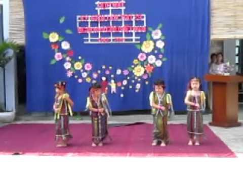 bài múa dân tộc của lớp mẫu giáo MVI_0464.MOV