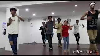 Tikku tikkantu song from babu bangaram