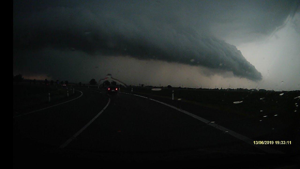 Bouřka 13.6.2019 u Přerova