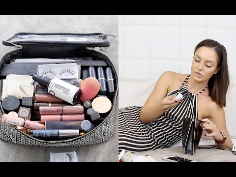 WHAT'S IN MY MAKEUP BAG? \\ HOLIDAYING IN LOS ANGELES