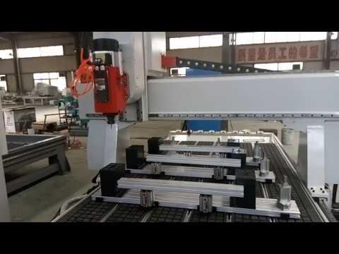 4-осевой фрезерный станок с автоматической сменой инструмента