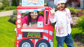 GOO GOO GAGA PRETEND PLAY WITH FOOD TRUCK! Family Learn Manners and Eat Healthy