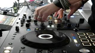 Techno mix on Pioneer XDJ RX2