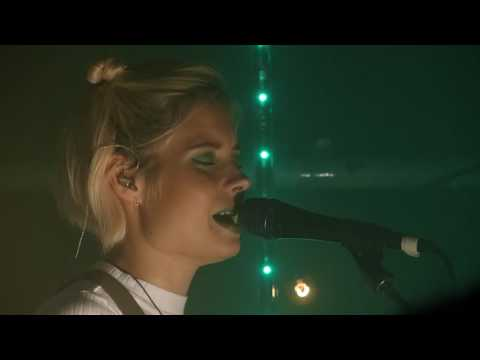 Nina Nesbitt - Los Angeles live Sound Control, Manchester 12-10-16