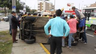 ACCIDENTE EN EL OVALO LARCO (TRUJILLO)