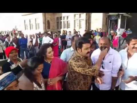 Mohanlal celebrating pulimurugan success...