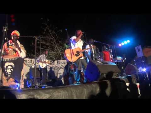 Denis Singuila et Asseb Revolution au Festival de Rizières