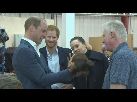 Download Youtube: Daisy Ridley guides William and Harry around Star Wars set