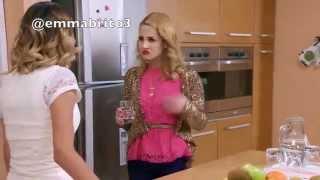 Violetta 3 - Violetta le dice a Ludmila del beso entre Nati y Felipe (03x54)