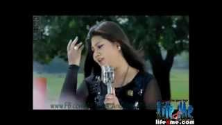 Mon Sudhu Chay Video Song