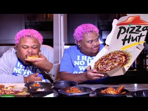 PIZZA HUT'S BBQ BACON CHICKEN PIZZA, AND WINGS MUKBANG (EATING SHOW)