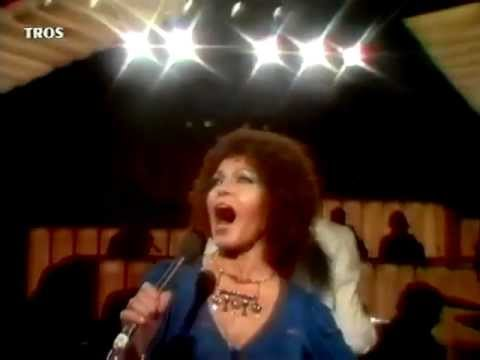"Cleo Laine sings ""On A Clear Day You Can See Forever"" (with a G above top C)"